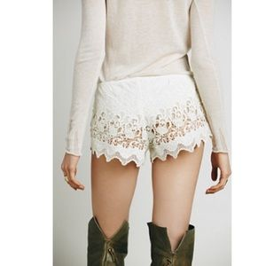 Free People Cream Ivory Crochet Lace Shorts Sz S